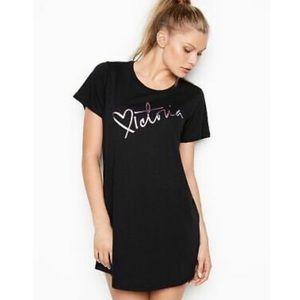New VICTORIA'S SECRET Sleepshirt
